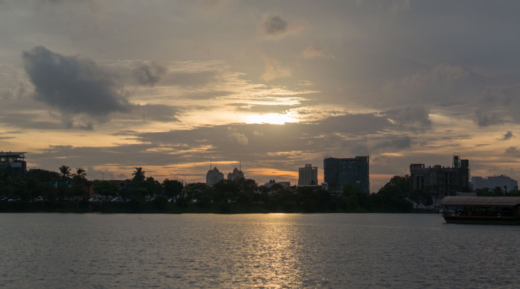 Waters Edge Sunset Colombo