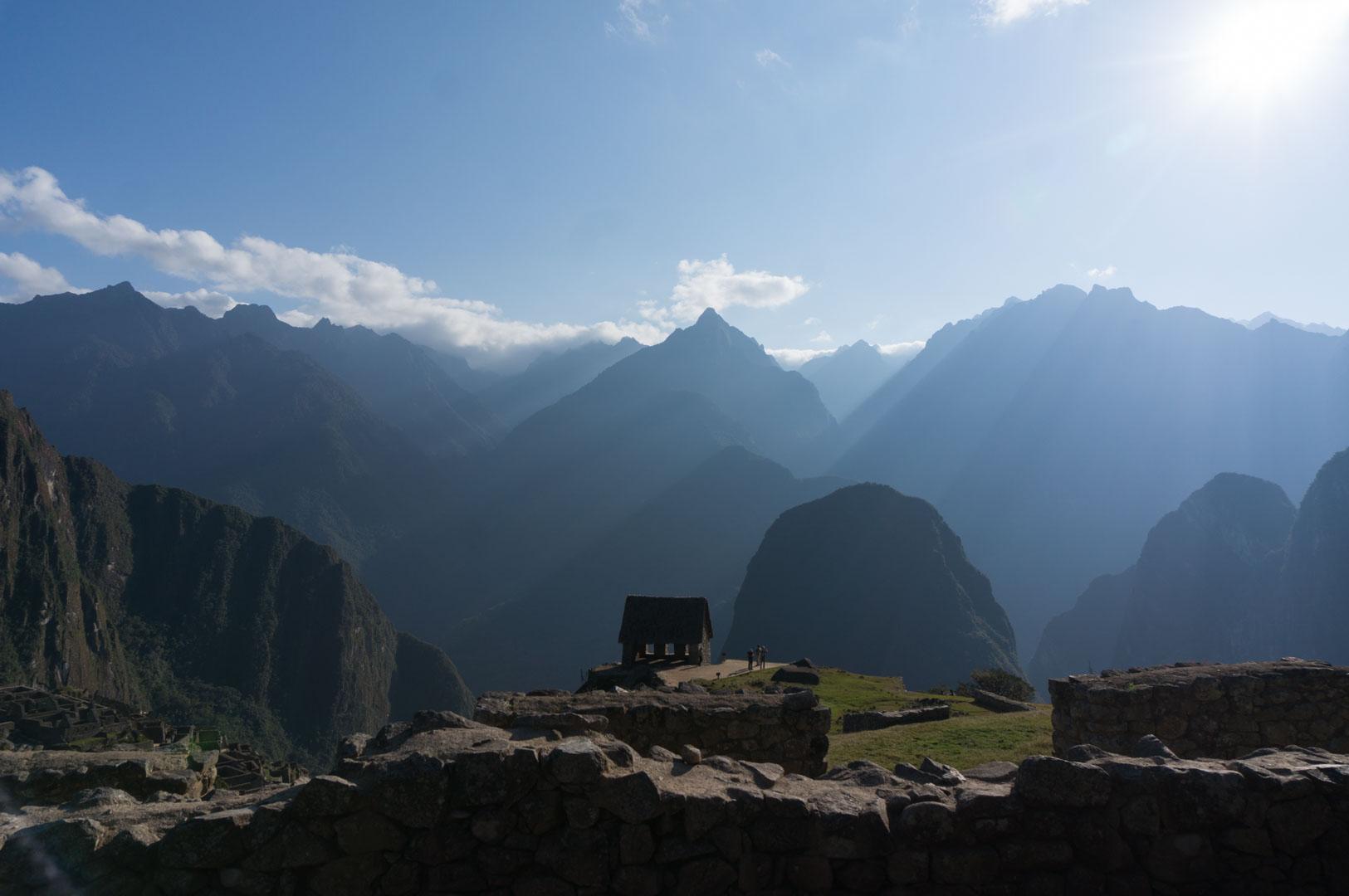 Die Berge zur anderen Seite sind zum Glück unbeobachtet :-)